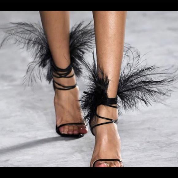 Saint Laurent Womens Talitha Feather